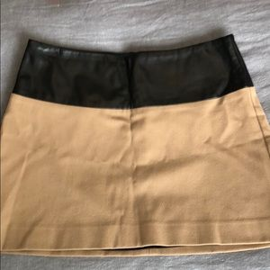 Two toned, leather mini skirt!